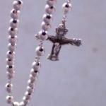 Znak krzyża, szkoła i prześladowania